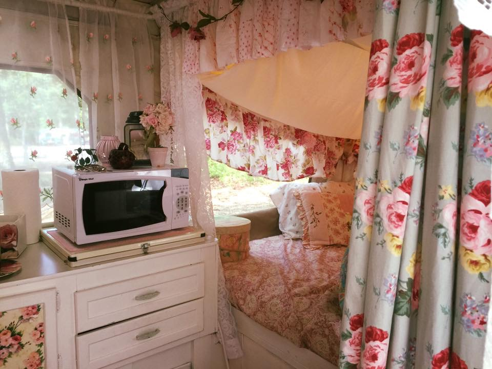 Tabatha's beautiful trailer can be seen on her Facebook group, Extreme Glampers Club where Glampers share their ideas and renovations and go for inspiration!