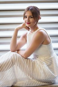The beautiful Caroline Harper Knapp will be there with her fashion inspiration.
