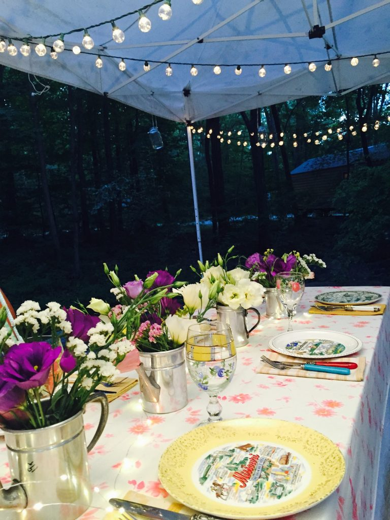 Photo by guest Gail Bable of our Girl Camper dining room!