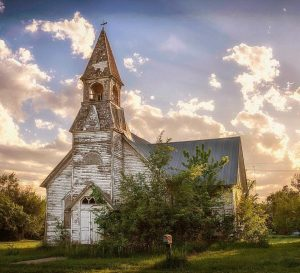 One of Linda's favorite subjects is old churches. This is one of my favorite photos of Linda's.